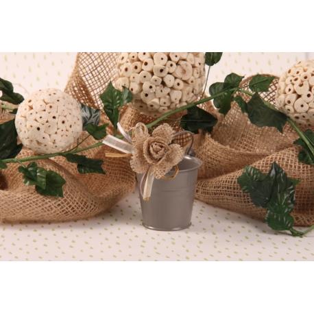 Fleur jute sur seau gris - Boîte à dragées Mariage Nature