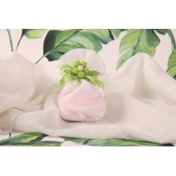 Fleur verte sur pochon à dragées blanc