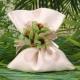 Fleurs vertes sur pochon à pois - Pochon à dragées