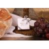 Caritas blanche ruban blanc et gris - Boîtes à dragées - Dragées Braquier
