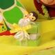 Abeille sur mini duo vert - Boîtes à dragées - Dragées Braquier