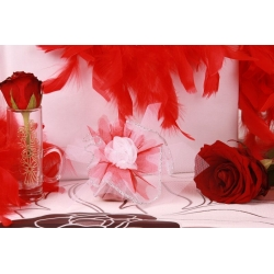 Fleur blanche sur tulle argent - Boîtes à dragées - Dragées Braquier