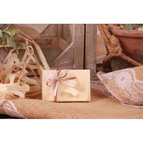 Boîte papillon écrue en relief - Boîtes à dragées - Dragées Braquier
