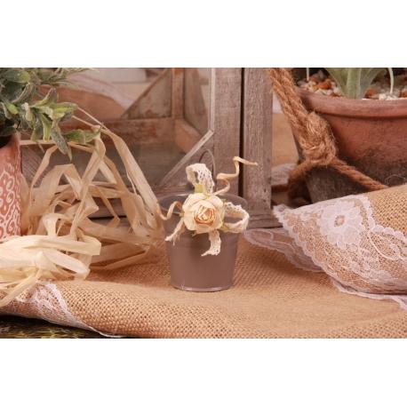 Fleur écrue sur seau gris - Boîtes à dragées - Dragées Braquier