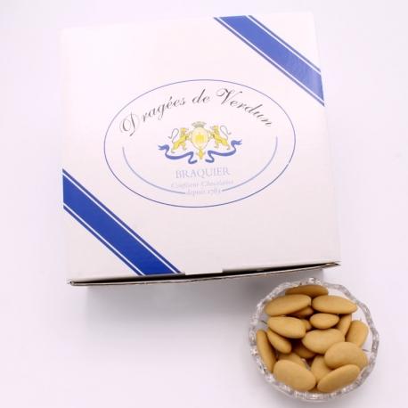 Torrified Léon Braquier, Cardboard-box 1 kg - Dragées Braquier, confiseur chocolatier à Verdun
