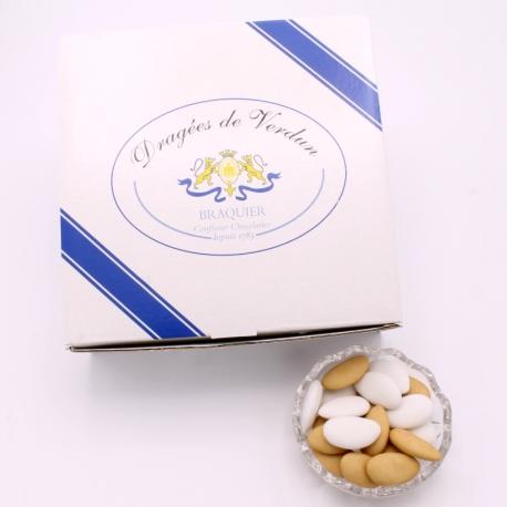 Léon Braquier White and torrefied, Cardboard-box 1 kg - Dragées Braquier, confiseur chocolatier à Verdun