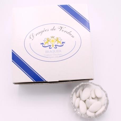 Léon Braquier, Cardboard-box 1 kg - Dragées Braquier, confiseur chocolatier à Verdun