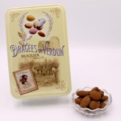 """Gâtine de Braquier, Boîte métal """"Amour et Gourmandises"""" 400 g - Dragées Braquier, confiseur chocolatier à Verdun"""