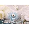 Bouquet bleu sur tulle