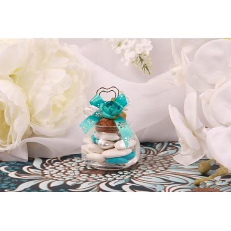 Fleur bleu turquoise sur pot